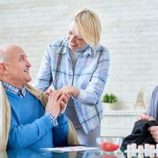 Early warning signs of Alzheimer's and dementia